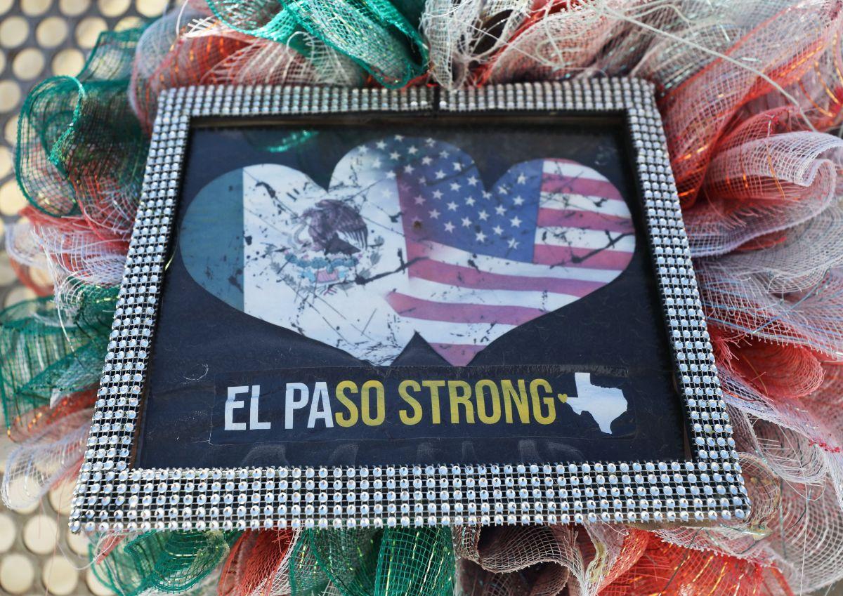 La comunidad de El Paso recuerda a las víctimas.
