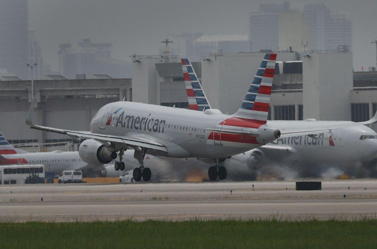 Se suponía que el colombiano tomara un avión desde el aeropuerto de Miami con rumbo a Medellín.