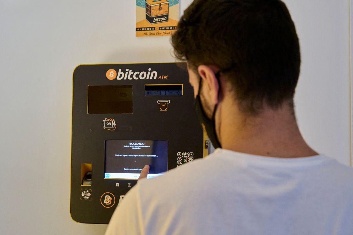 Un cajero automático de criptomonedas en Palma de Mallorca, España.