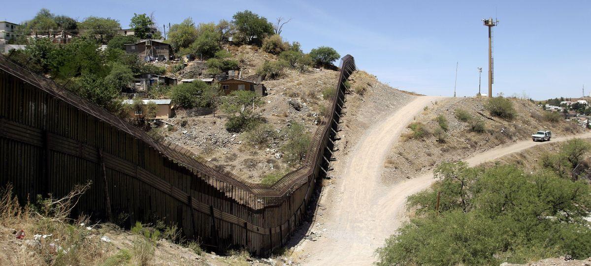 Cientos de migrantes ilegales suelen morir anualmente en el desierto de Arizona.