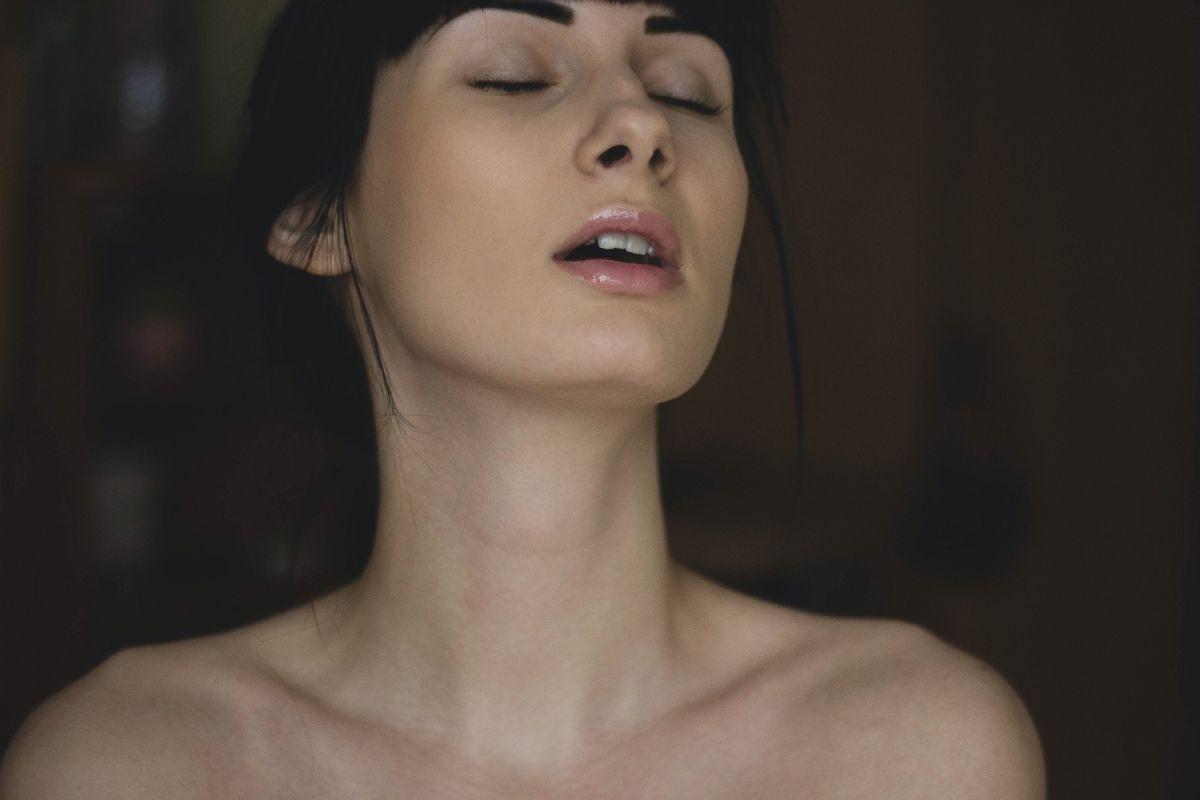Retener la respiración durante el sexo es una práctica común.