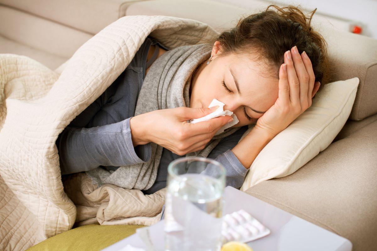 ¿Cuáles son los síntomas del coronavirus causado por la variante Delta?