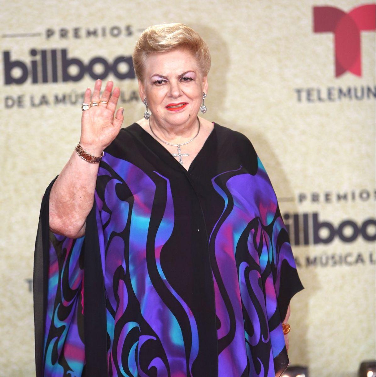 Paquita la del Barrio en la alfombra de los Premios Billboard de la Música Latina.