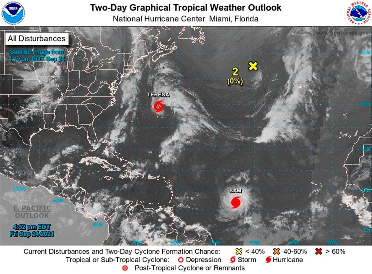 Se espera que la tormenta desacelere su desplazamiento y gire hacia el norte el sábado.
