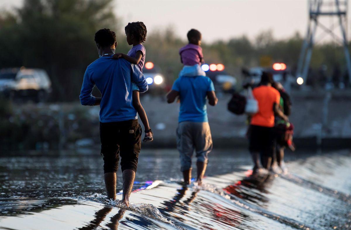 Se espera que más aviones devuelvan a ciudadanos haitianos provenientes de Texas.