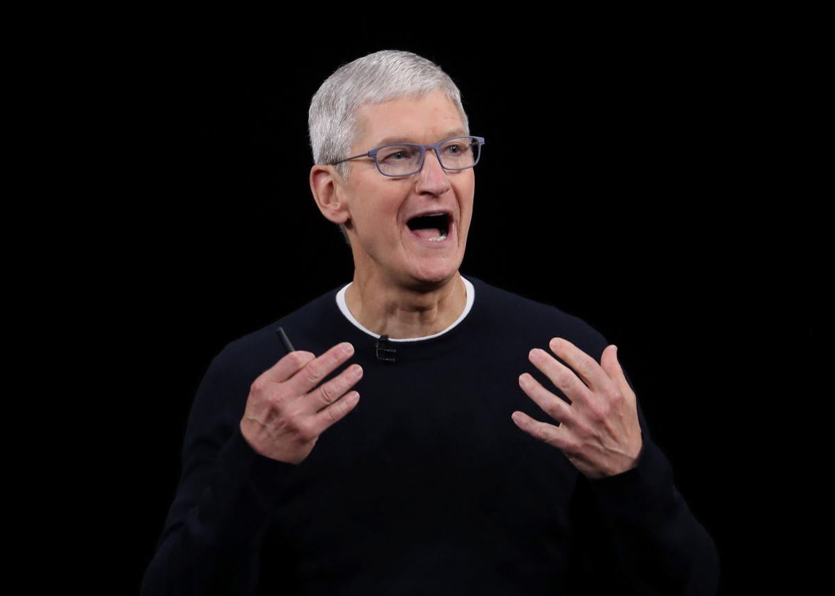 La información confidencial que Tim Cook comparte a sus empleados está siendo filtrada desde el interior de Apple.