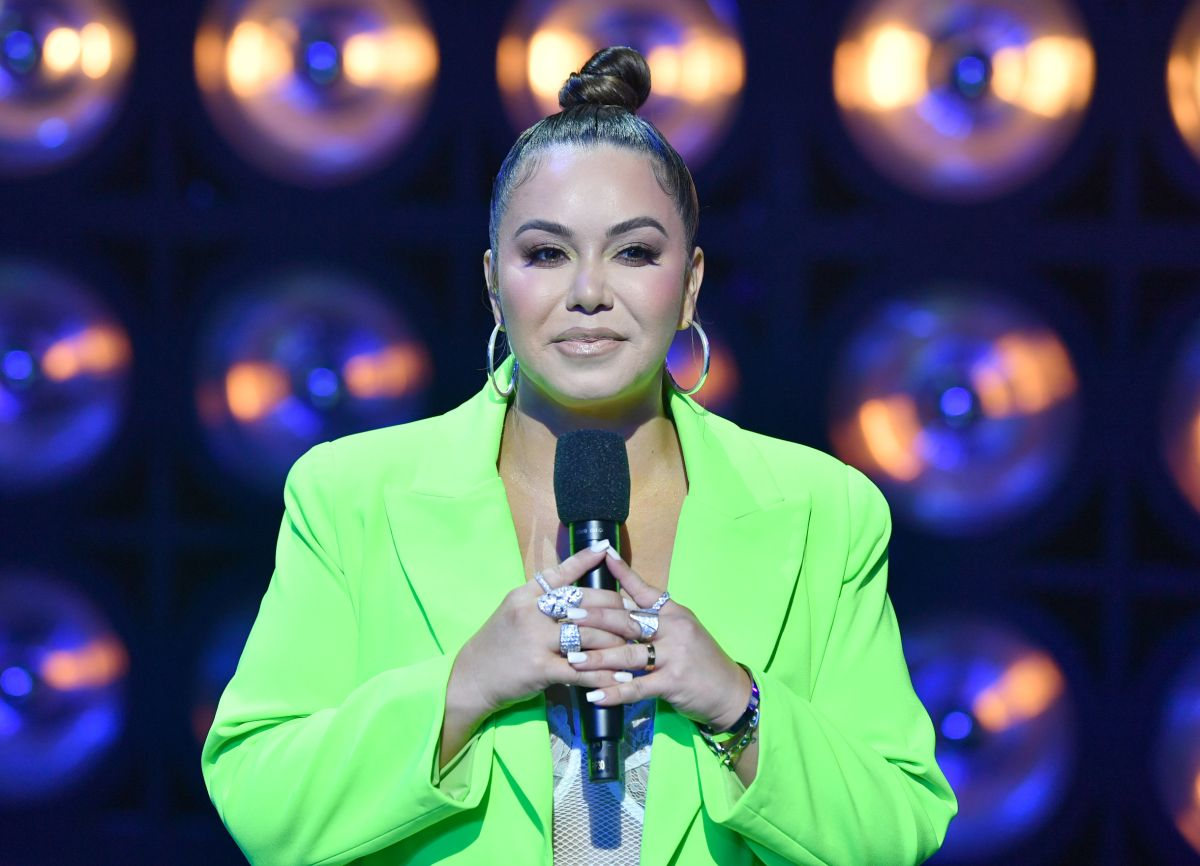 They say that Chiquis Rivera had a car accident and she comes out to deny it super annoying