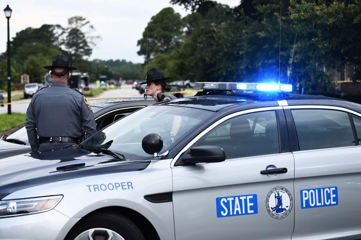 Se cree que quien hizo los disparos tenía como objetivo a los dos jóvenes que recibieron impactos de bala.