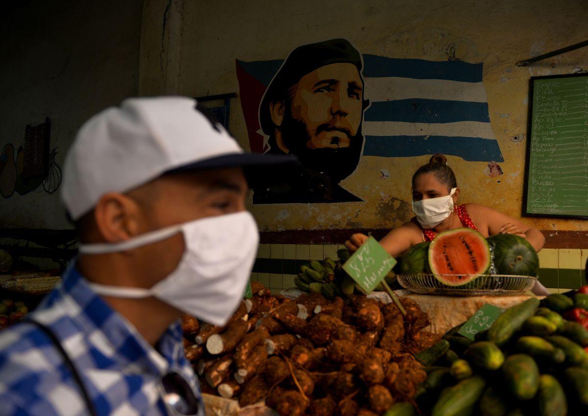 """EE.UU. sugiere """"no viajar"""" a Cuba por nuevos casos de Covid"""