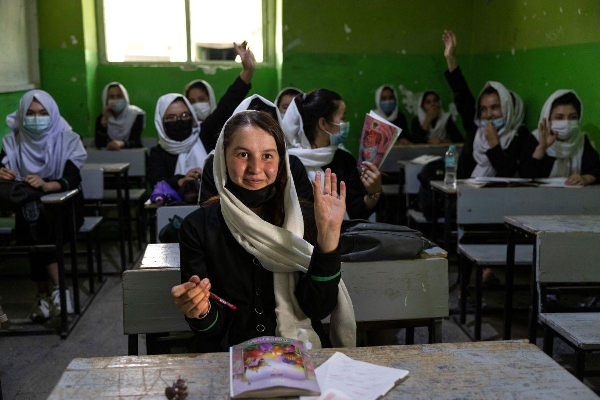 El grupo talibán aún no ha habilitado la educación para jóvenes entre sexto y doceavo grado.