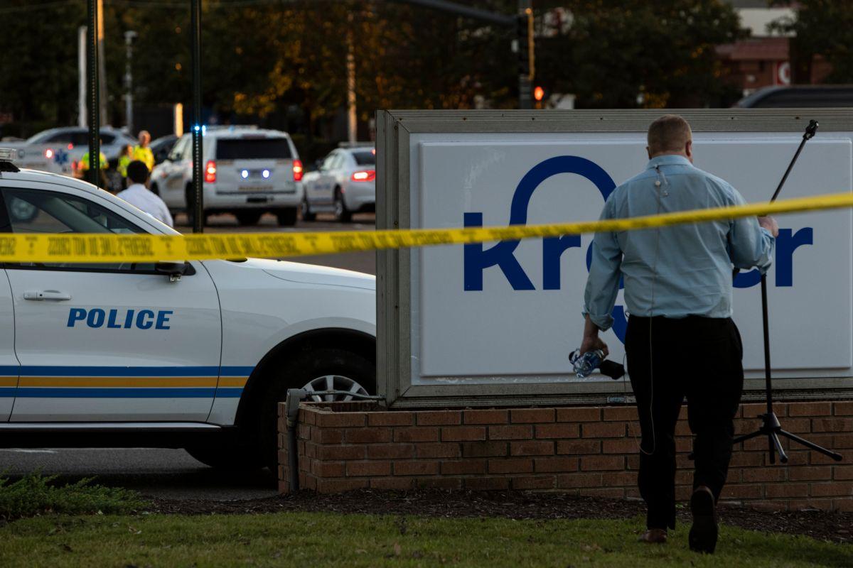 El tiroteo se reportó en un supermercado  Kroger en Collierville, Tennessee.