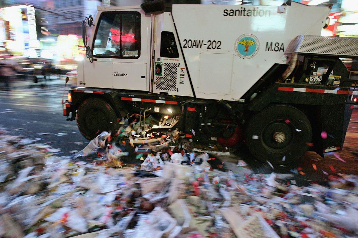 Cámaras y multas: algunas nuevas medidas para mantener limpias calles de Queens