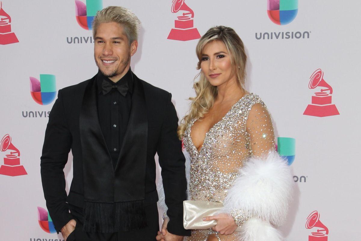 Chyno Miranda junto a su aún esposa Natasha Araos.