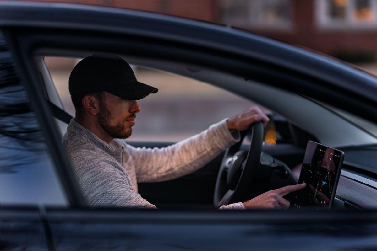 La Junta Nacional de Seguridad en el Transporte señala que no hay vehículos autónomos, por lo que no se debe abusar de la tecnología de Tesla.