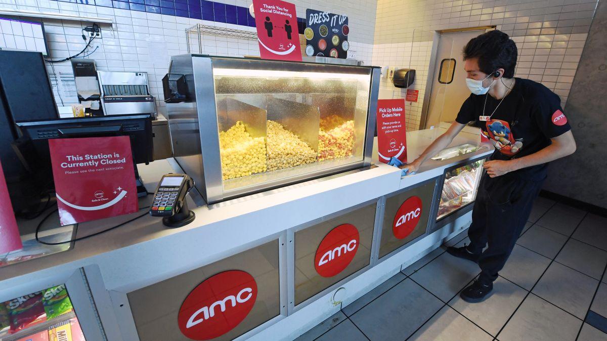 La compañía AMC ya había anunciado en agosto que comenzaría a aceptar Bitcoins, la criptomoneda más popular, para fin de año.