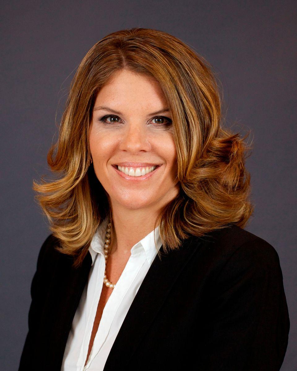 Fotografía de campaña cedida donde aparece Kristen Rosen González, excomisionada (exconcejal) de Miami Beach que se postula para recuperar su puesto en las elecciones locales de noviembre próximo.