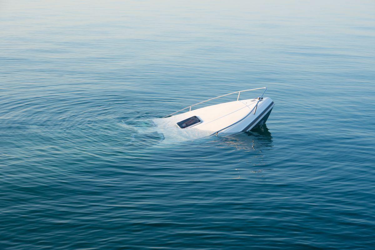 Luego de varios días de búsqueda, rescatistas dieron con la embarcación.