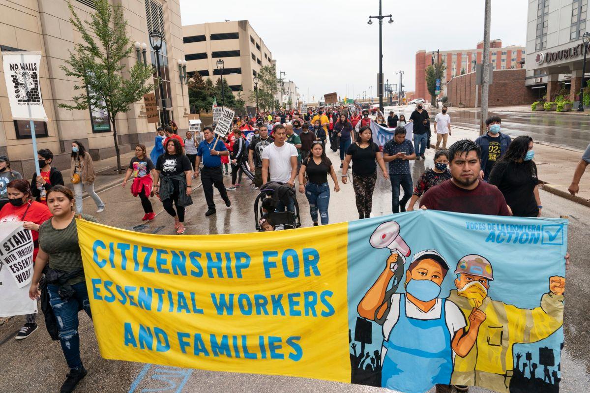 Esta semana, la organización Voces de la Frontera organizó un día sin inmigrantes en Wisconsin, como parte del movimiento nacional a favor de indocumentados.