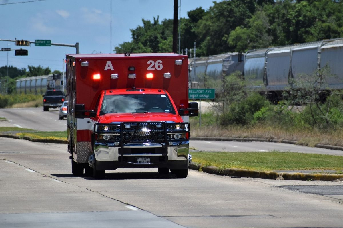 The Emergency Medical Service, EMS, does not have enough staff to meet the needs of society