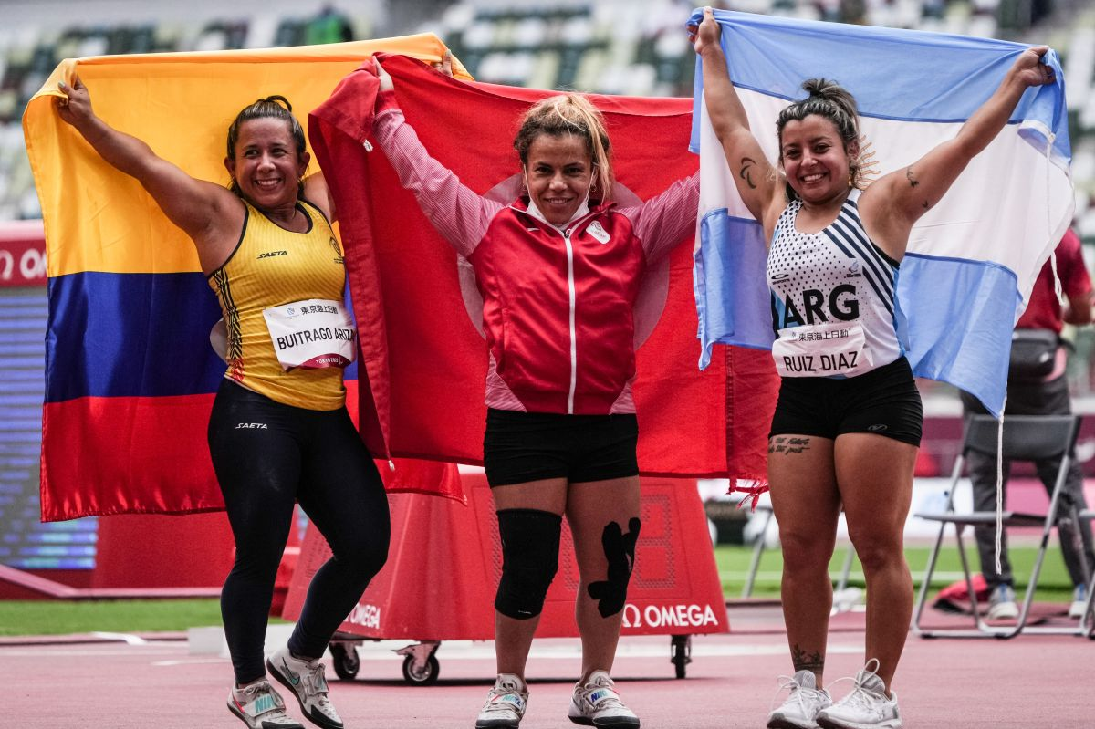To get out of poverty: Paralympic champion plans to sell her medals