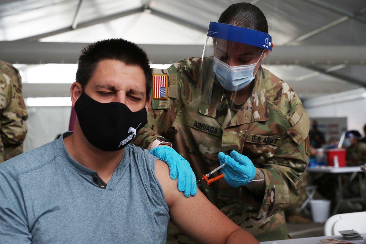 Pese a las cifras, el 90% de integrantes del ejército ya están vacunados.