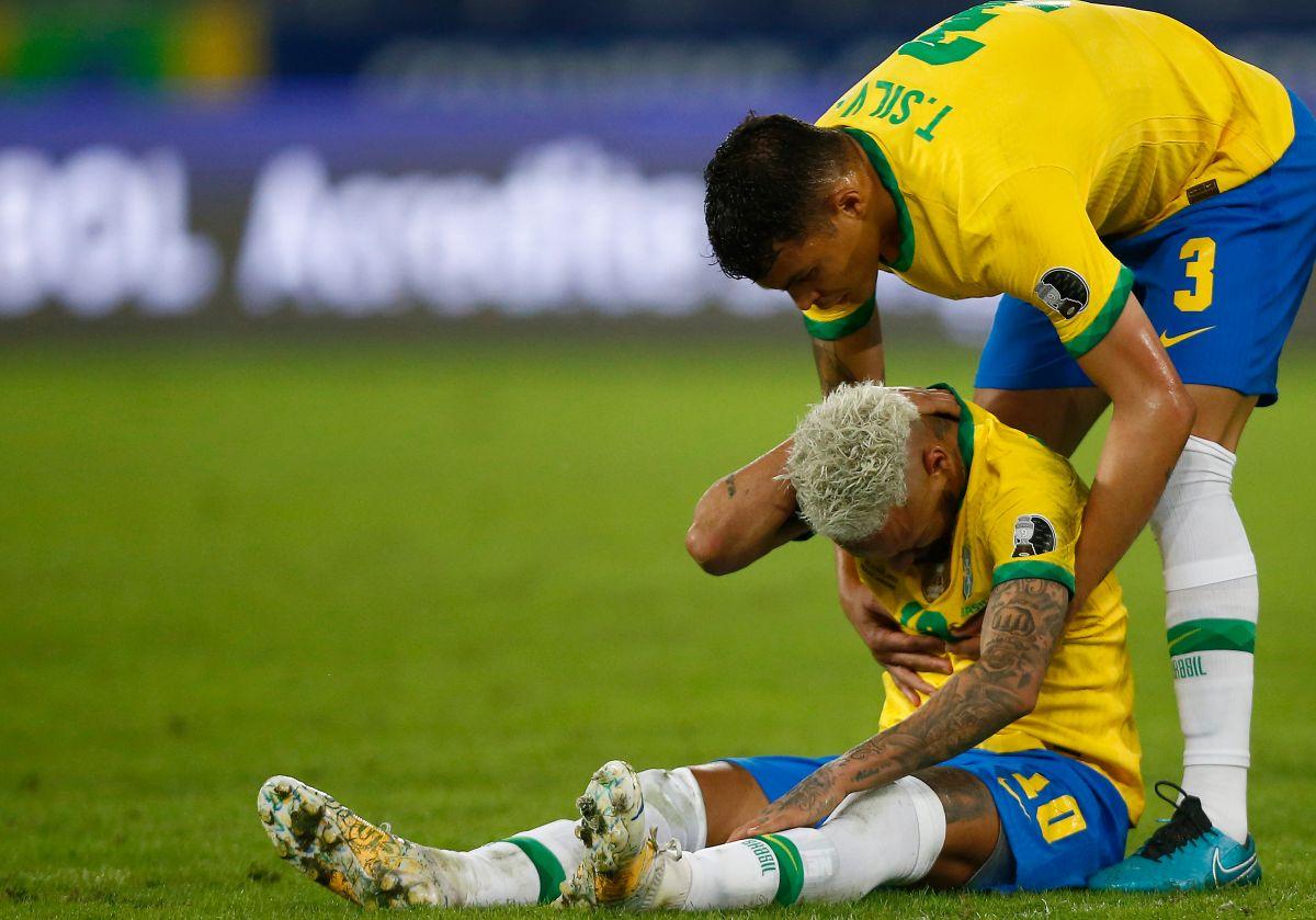 """""""Ney"""" es el blanco de las críticas en el PSG y la Canarinha."""