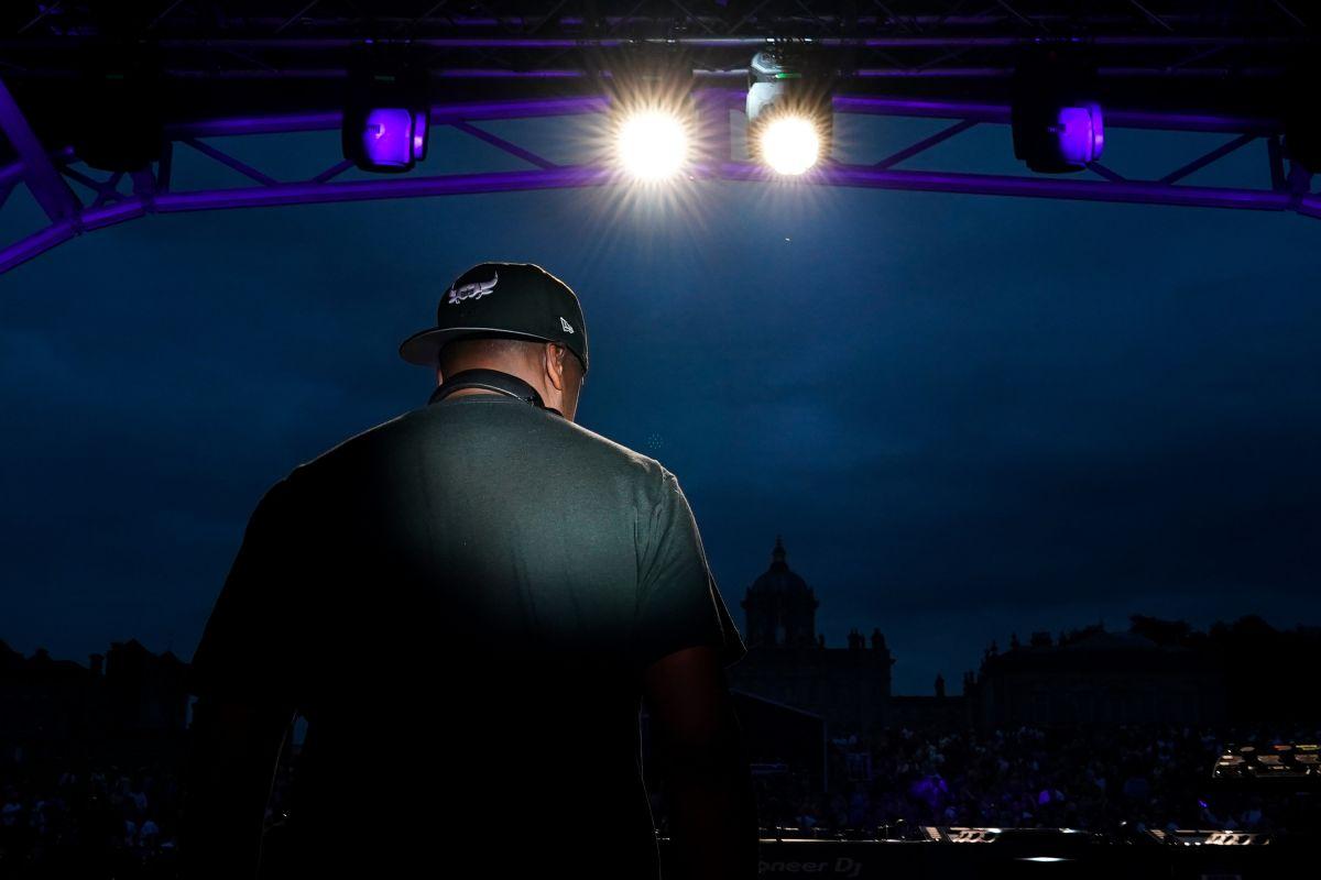 Un DJ en York, Inglaterra.
