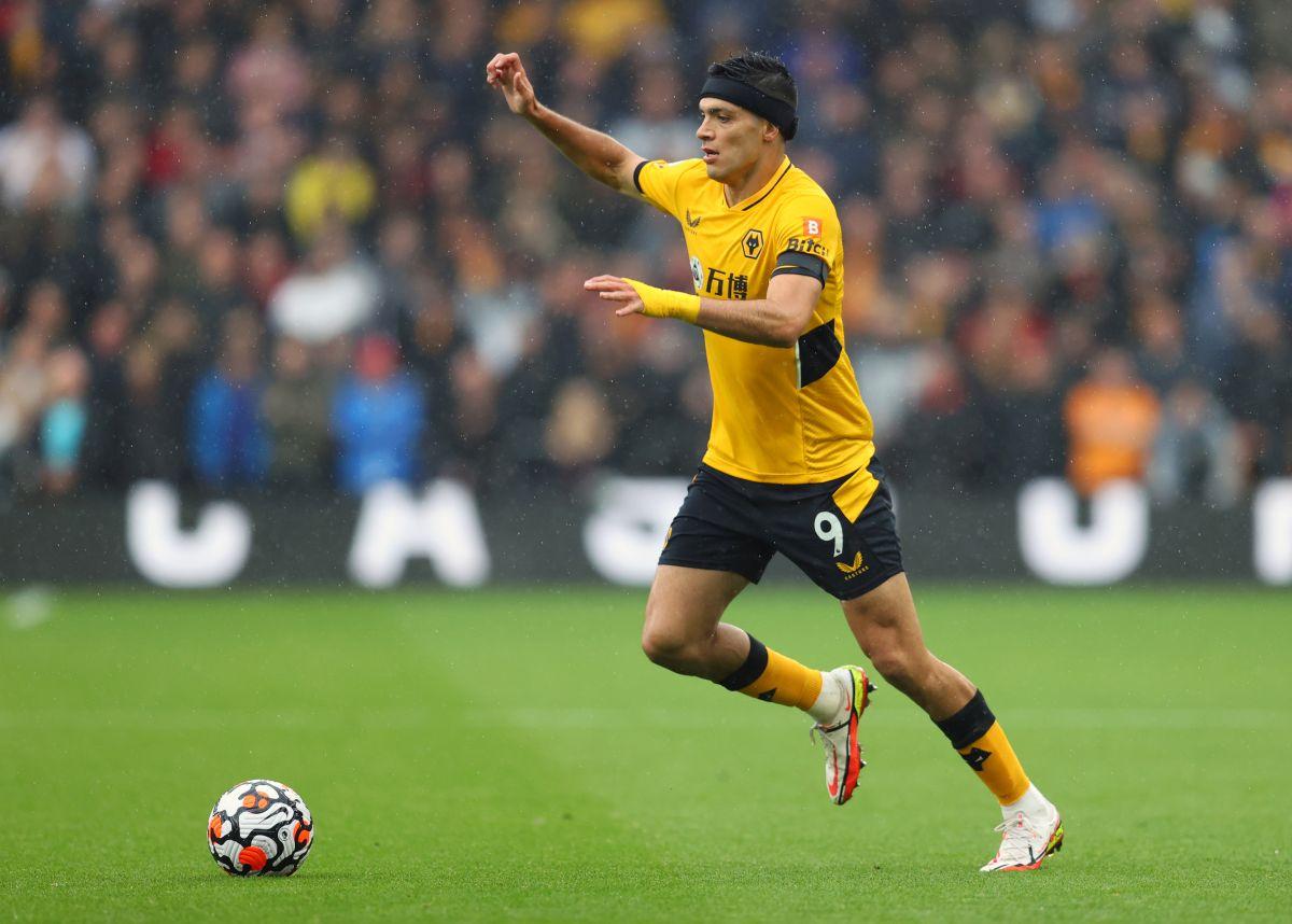 Heart attack: Raúl Jiménez's Wolverhampton rallied from 2-0 at minute 95
