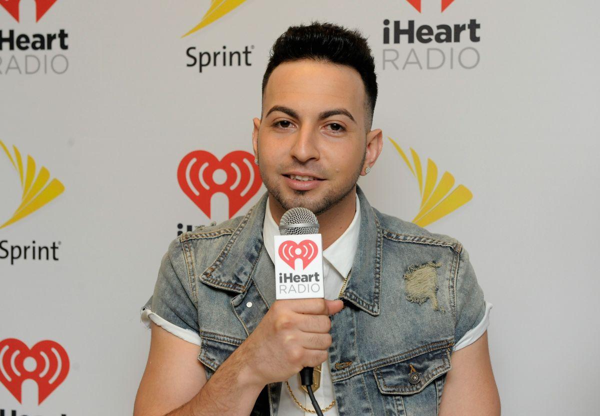 Justin Quiles asiste al iHeartRadio Fiesta Latina el 7 de noviembre de 2015 en Miami, Florida.