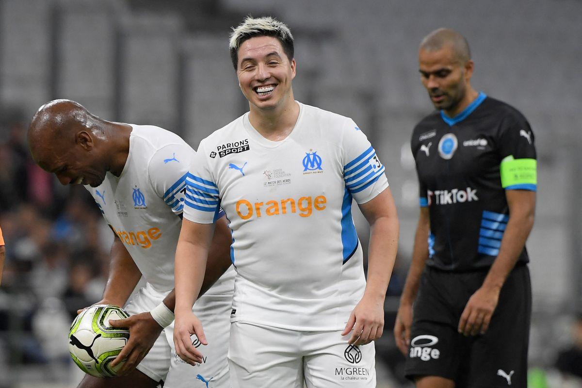 Nasri se retiró hace menos de un mes del fútbol profesional.