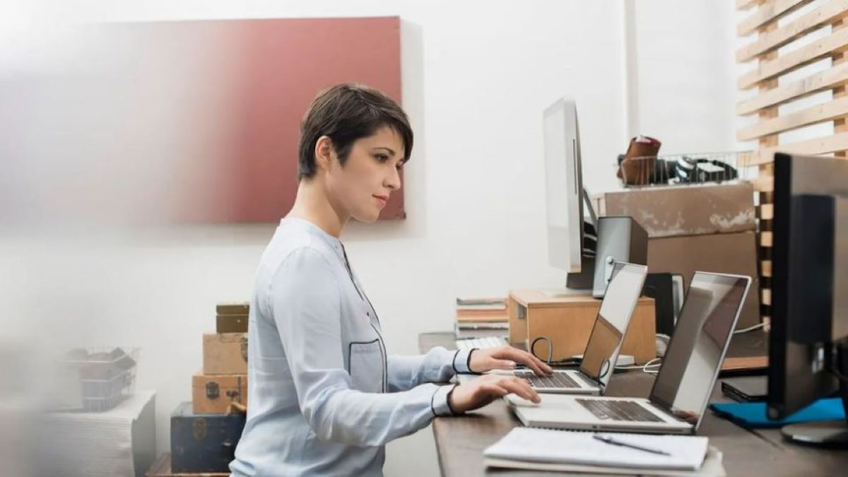 People who have a secret second job taking advantage of remote work