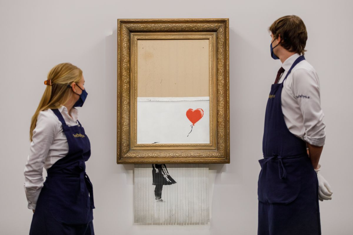 """Banksy's """"Girl with a Balloon"""" shredded work to auction for $ 25 million"""