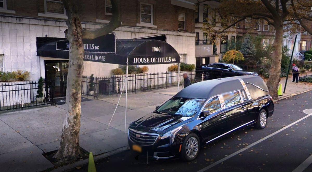 Funeraria en 1000 St Johns, Brooklyn, NYC.